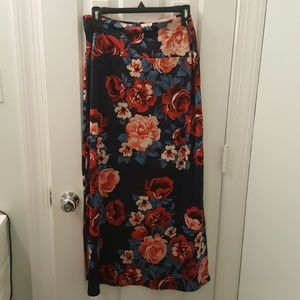 Skirts - Size large Agnes and Dora